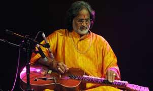 Vishwa Mohat Bhatt